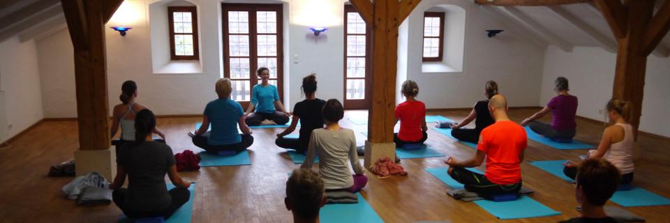 yoga1_slide